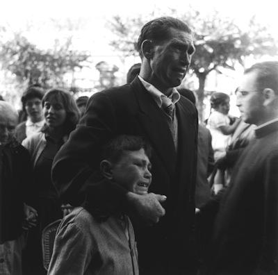 """Nombre: """"Emigración"""" Autor: Manuel Ferrol Localización: Puerto de A Coruña Año: 1957"""